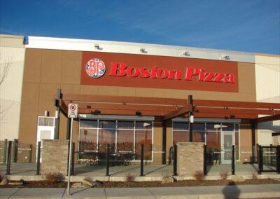 Boston Pizza.Cross Iron Mills